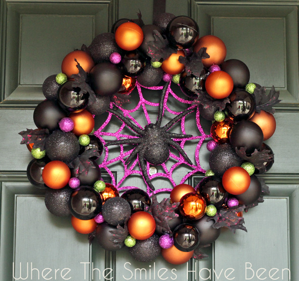 Halloween Ornament Wreath via Where The Smiles Have Been