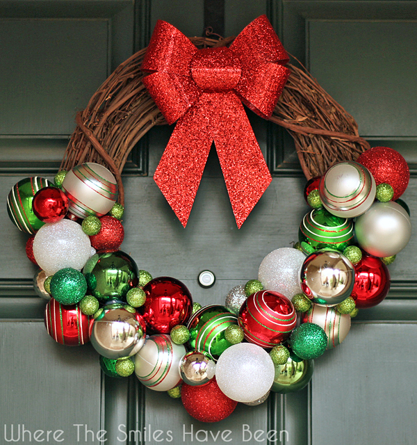 How To Make Christmas Decorations Youtube: DIY Christmas Ornament Wreath