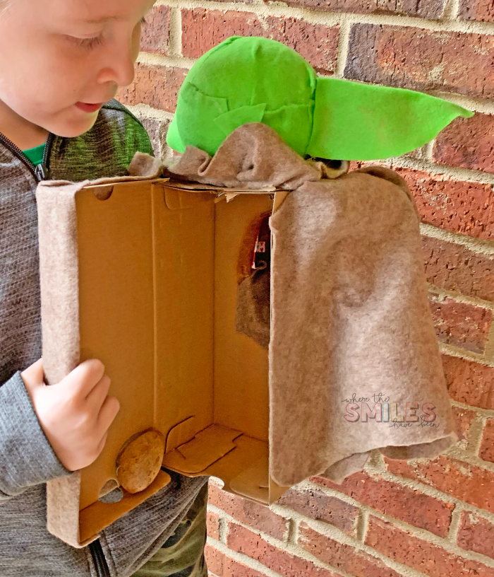 DIY Baby Yoda Valentine Card Box | Where The Smiles Have Been #ValentinesDay #ValentineCardBox #ValentineBox #ValentinesDayCard #DIYValentineBox #BabyYoda #Yoda #TheMandalorian #ThisIsTheWay #SchoolParty #ValentinesDayParty